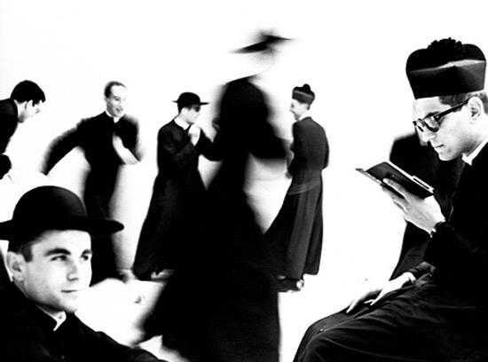 """Mario Giacomelli, """"Io non ho mani che mi accarezzino il volto"""", 1961-63"""