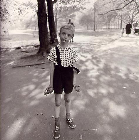 Diane Arbus, Child with Toy Hand Grenade in Central Park, 1962