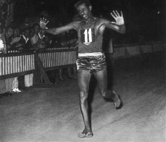 Abebe Bikila, Roma 1960 (Wikipedia)
