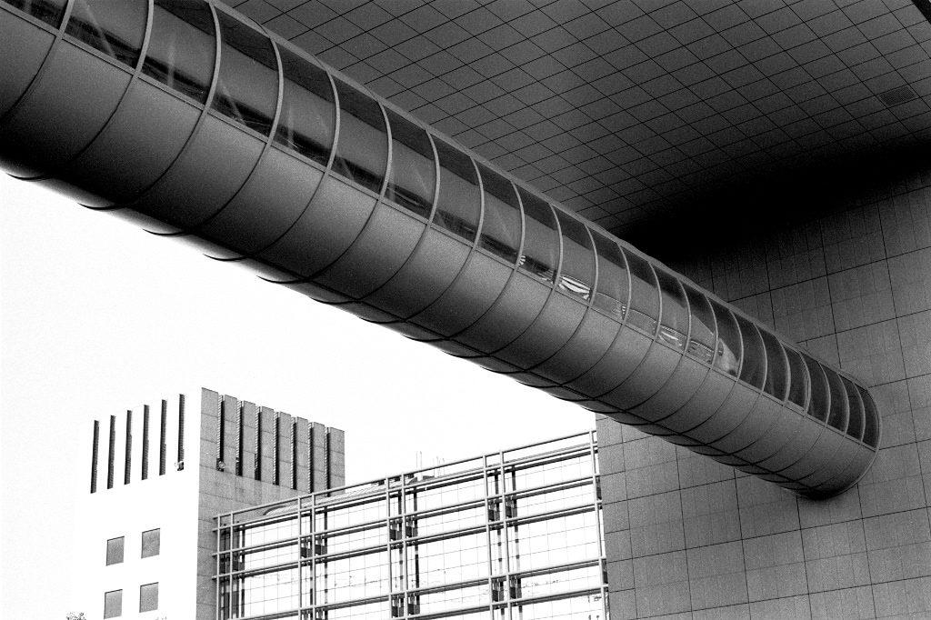 Bologna, Piazza De Mello - Leicaflex SL + Ilford Pan F plus 50